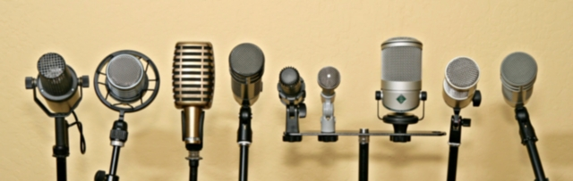 podcast-microphones